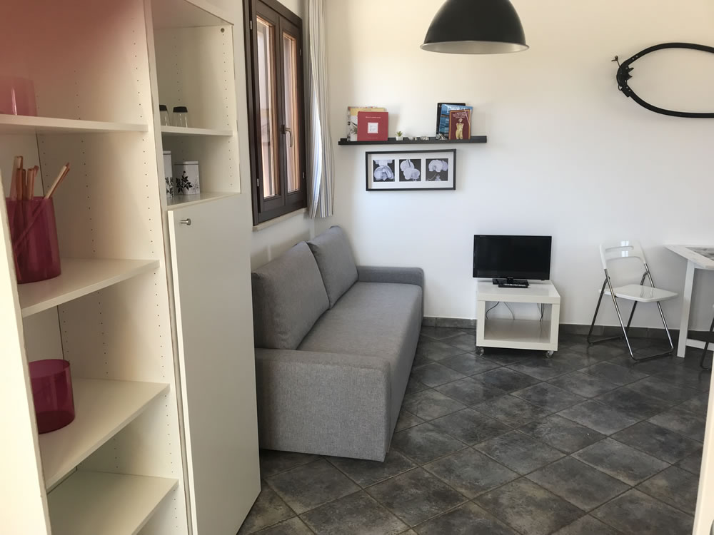 Double room in Favignana apartment